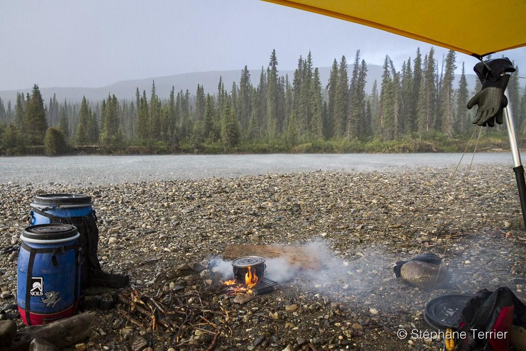 camp-shore-alaska-kayaking