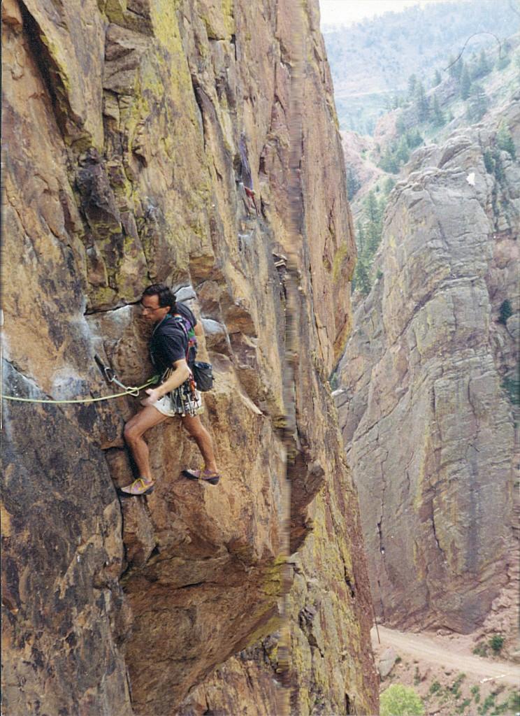 Peter Metcalf climbs Rosey Clruxifiction