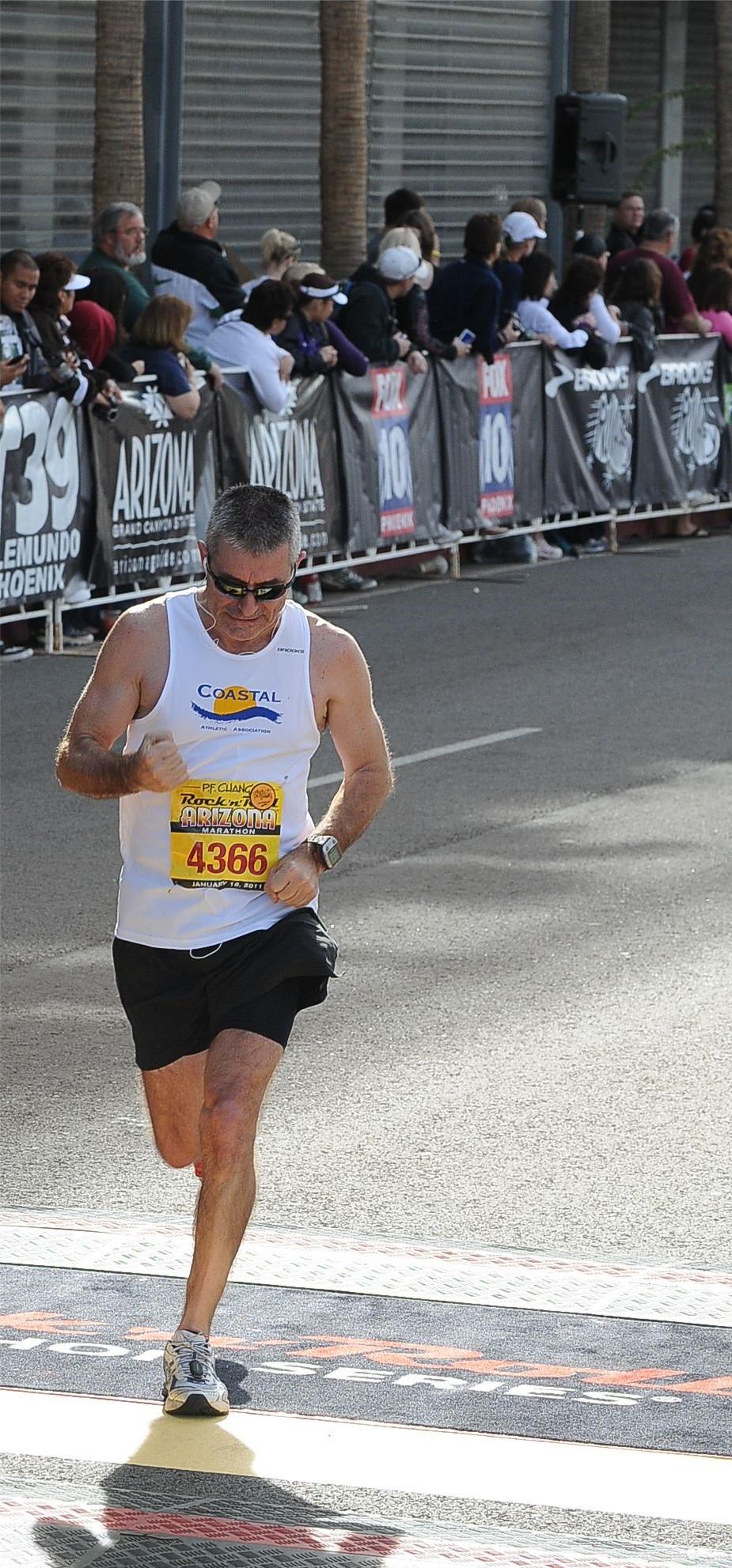 Dave Dulong runs qualifying time for Boston marathon