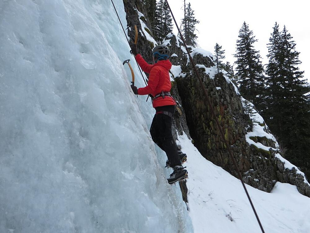 jan-abendroth-potter-ice-climb