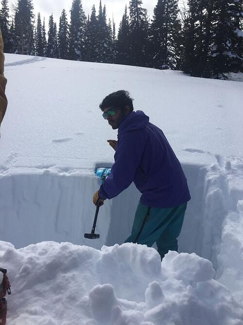 Digging an Avalanche Pit