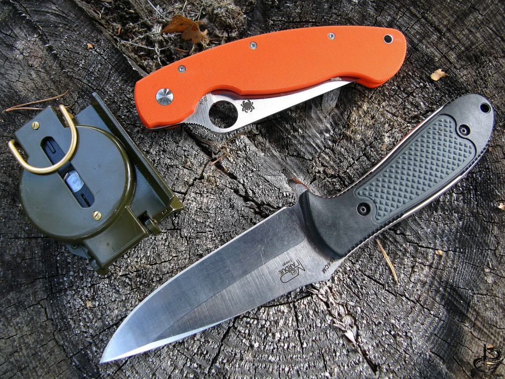 Camp knife