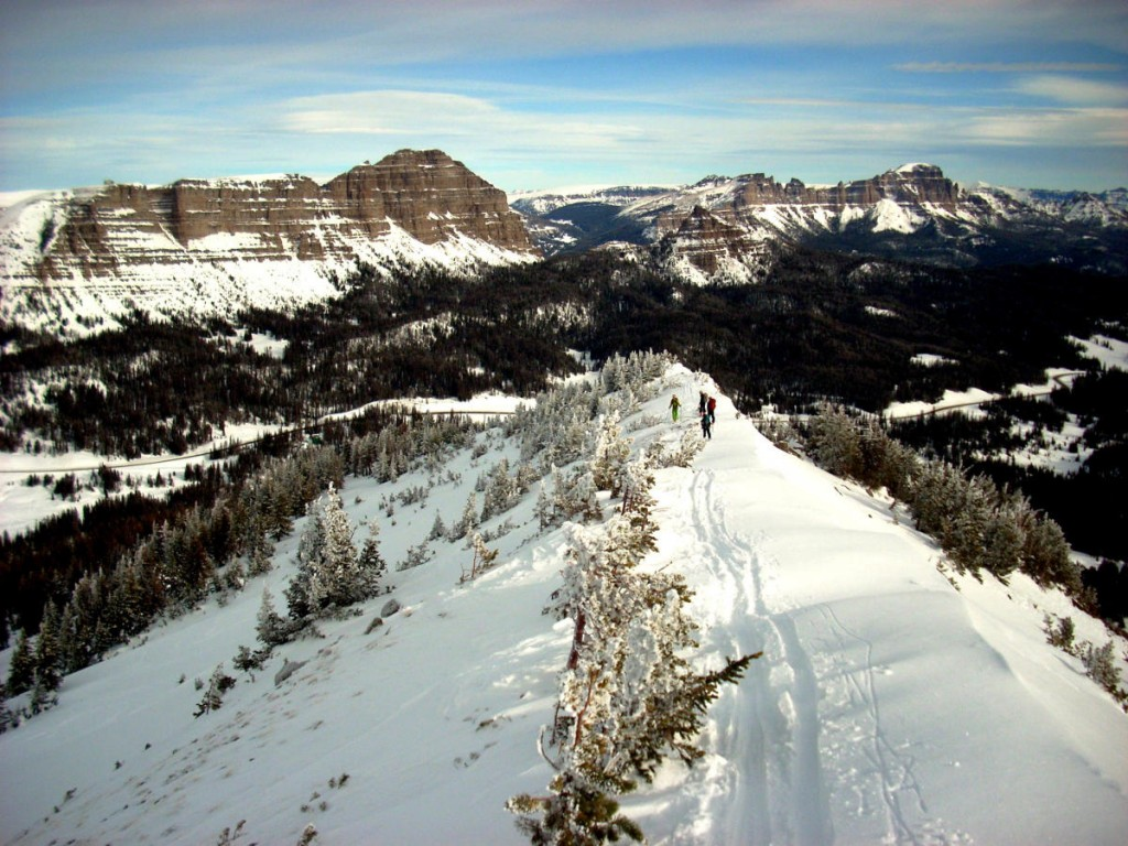 Skiing a ridge in the Absaroka Range
